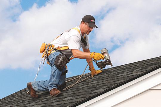 Hiring expert roofing contractor