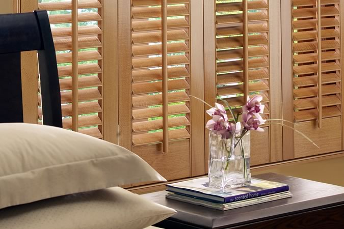wooden shutter blinds2